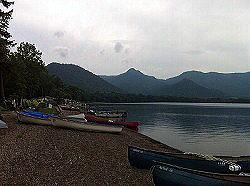 屈斜路湖。 サイドでキャンプやってました。