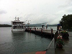 あいにくまりも観察センターには ひとり2500円のボートで二人以上 必要とのことでソロたったので まりもは見れず撃沈。