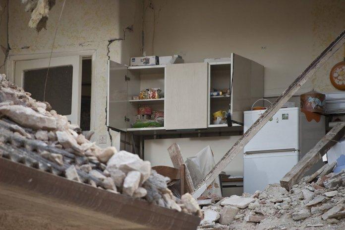 illu tokyo tremble - Tokyo prépare ses résidents étrangers au Grand tremblement de terre