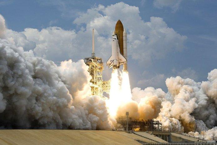 """rocket launch 67643 1920 1 - Le Japon va muscler sa force de défense contre """"l'espace"""""""