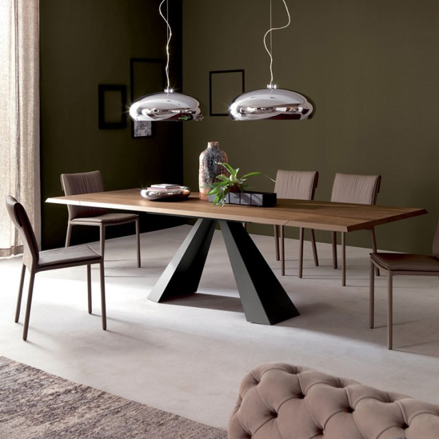 706-high quality modern light luxury metal dining table made by china luxury and modern furniture factory and company-furbyme