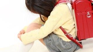 赤ちゃん返り,小学生,抱っこ,スキンシップ,兄弟,姉妹,