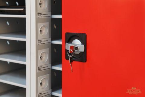 Bezpieczne przechowywanie laptopów pod zamknięciem