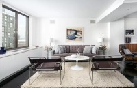 Apartment Staging: The Mid