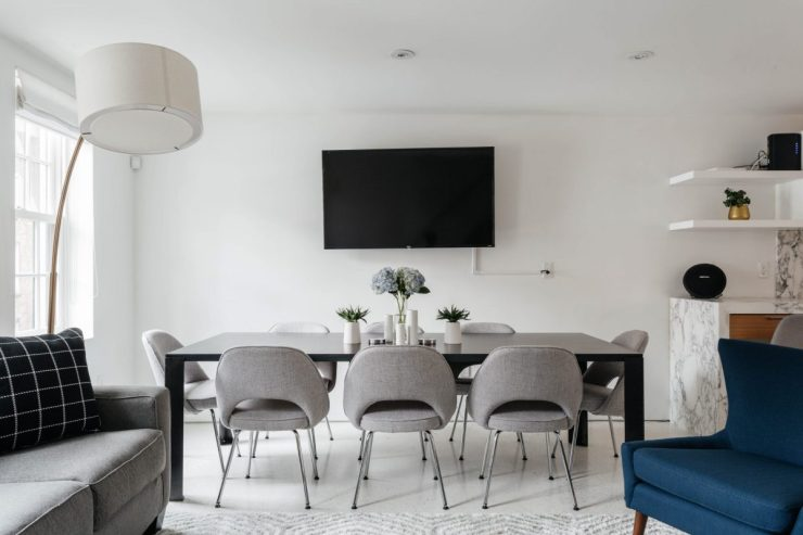 Modern living dining room in white, grey, blue