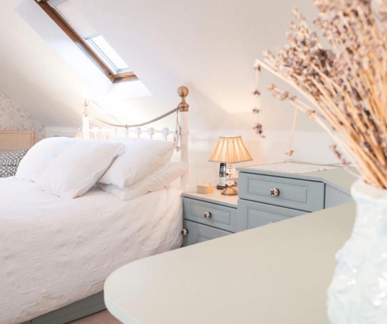 Bedroom Painted in Wedgewood Blue - 01
