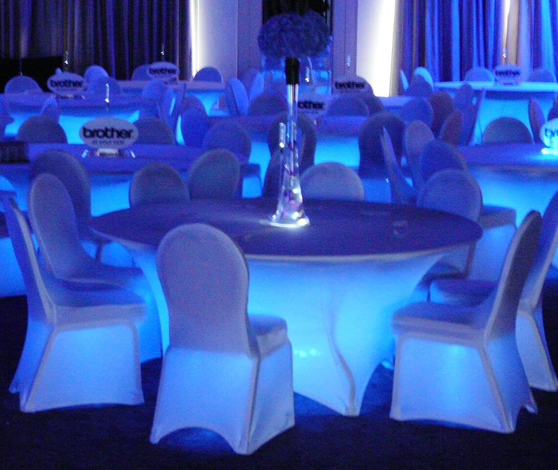 led table and chairs stakmore folding vintage round with spandex cloth furniture4events