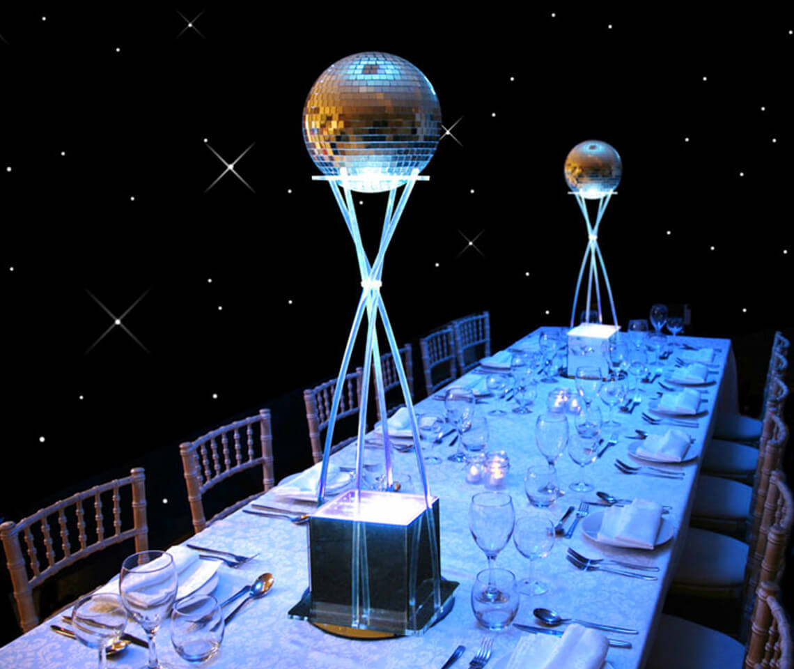 bar height table and chairs outdoor wooden rocking disco ball - furniture4events