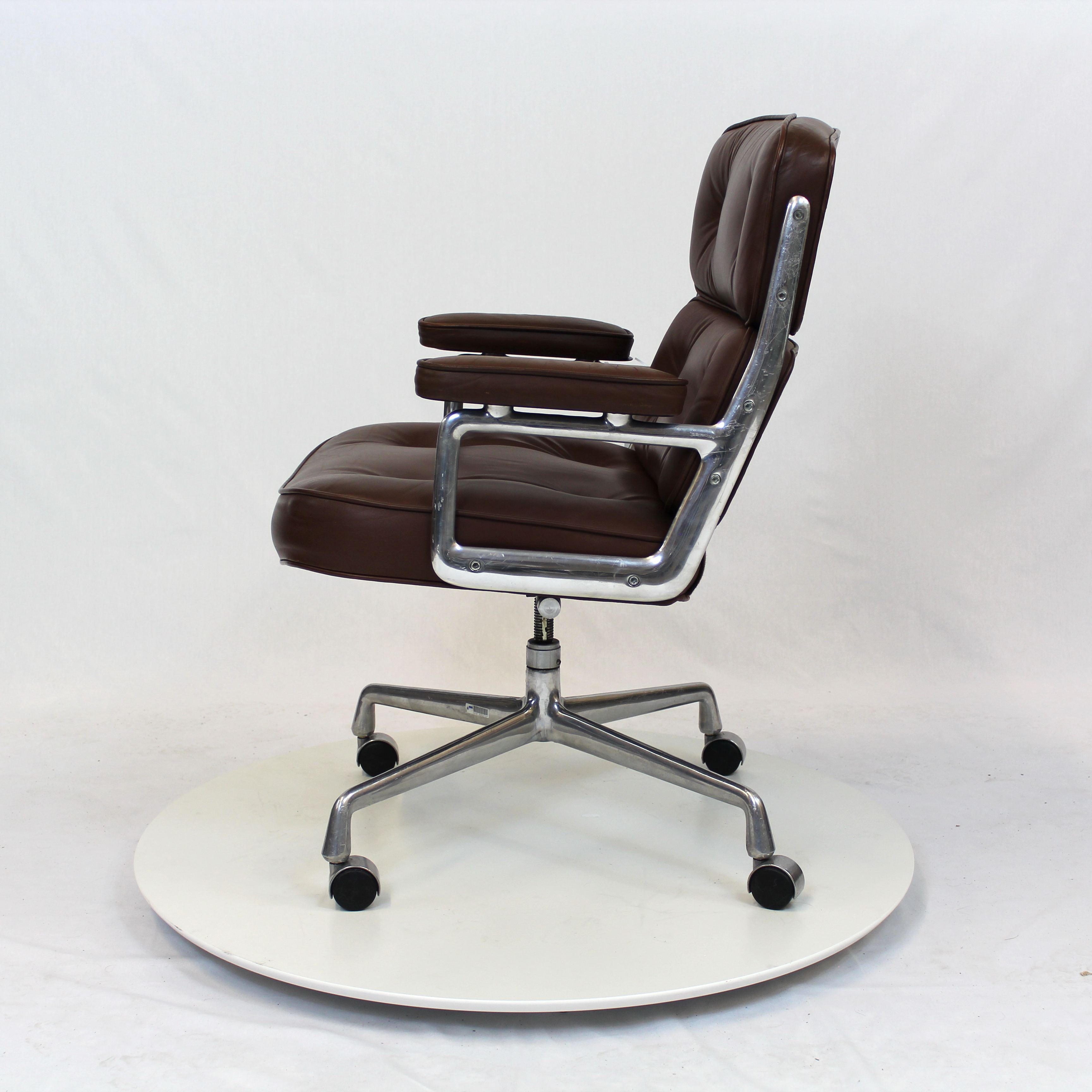 herman miller executive chair chairs for gaming time life  furniture basix