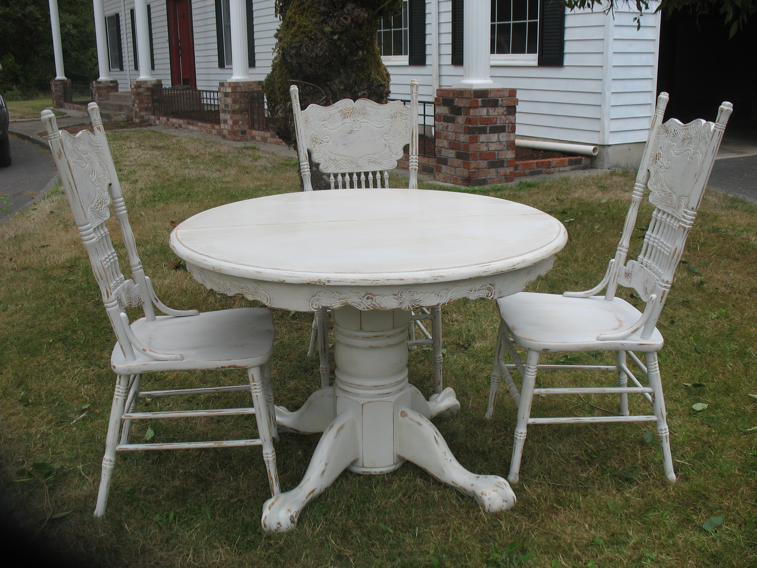 Distressed White Dining Chairs Distressed Dining Set Ladybird 39s Vintage