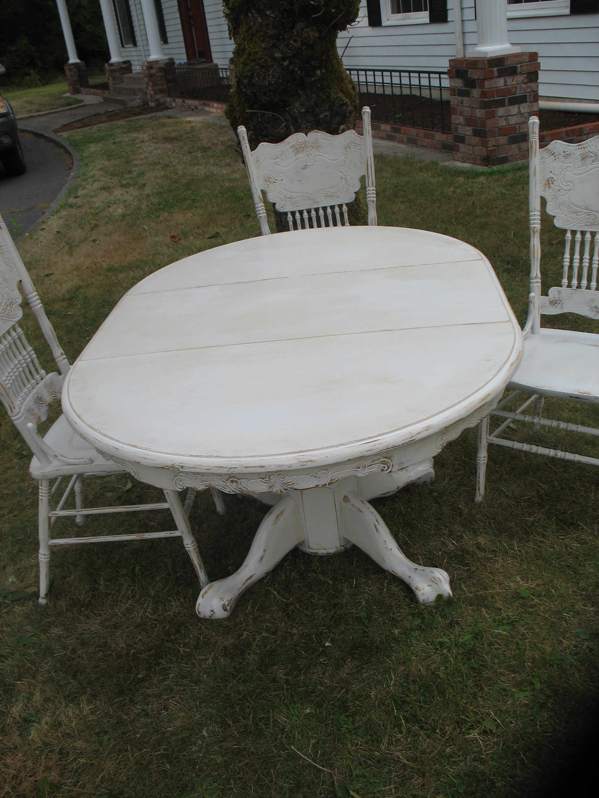 Distressed Dining Table With Leaf Amp 4 Ornate Chairs