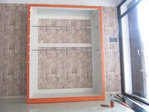 display lemari pakaian ketinggian bisa diatur (3)