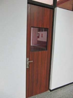 interior ruang kelas standar internasional (15)