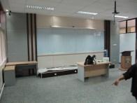interior ruang kelas standar internasional (19)