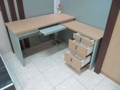 pesan furniture interior kantor di semarang (11)