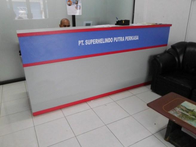 meja-lobby-meja-kasir-untuk-kantor-gudang-6