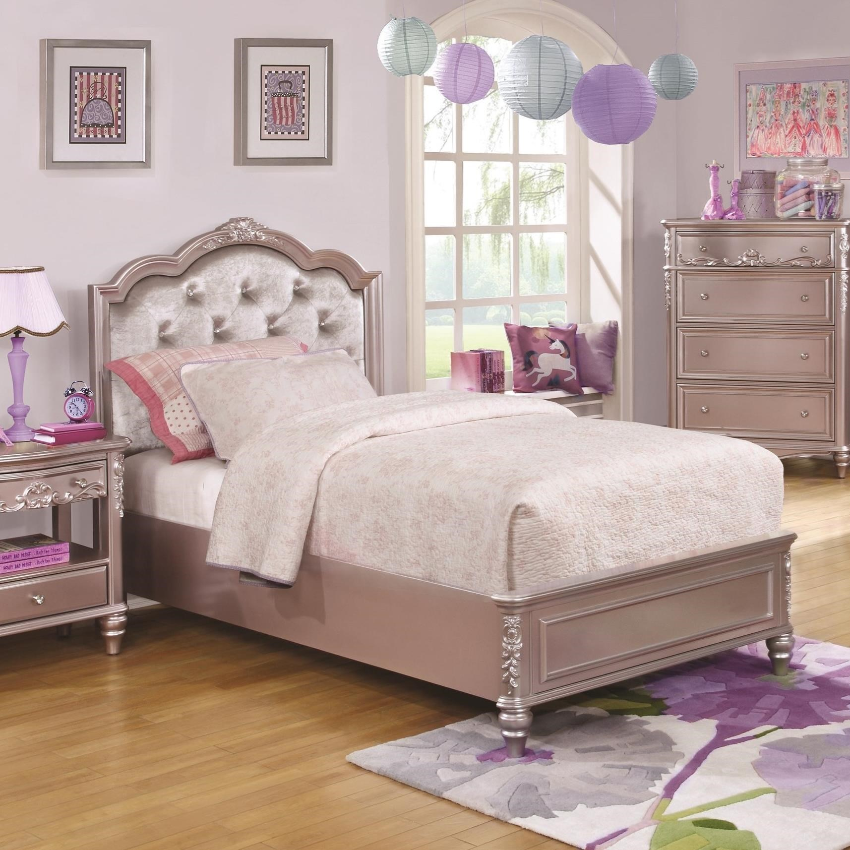 Caroline Full Size Bed with Diamond Tufted Headboard