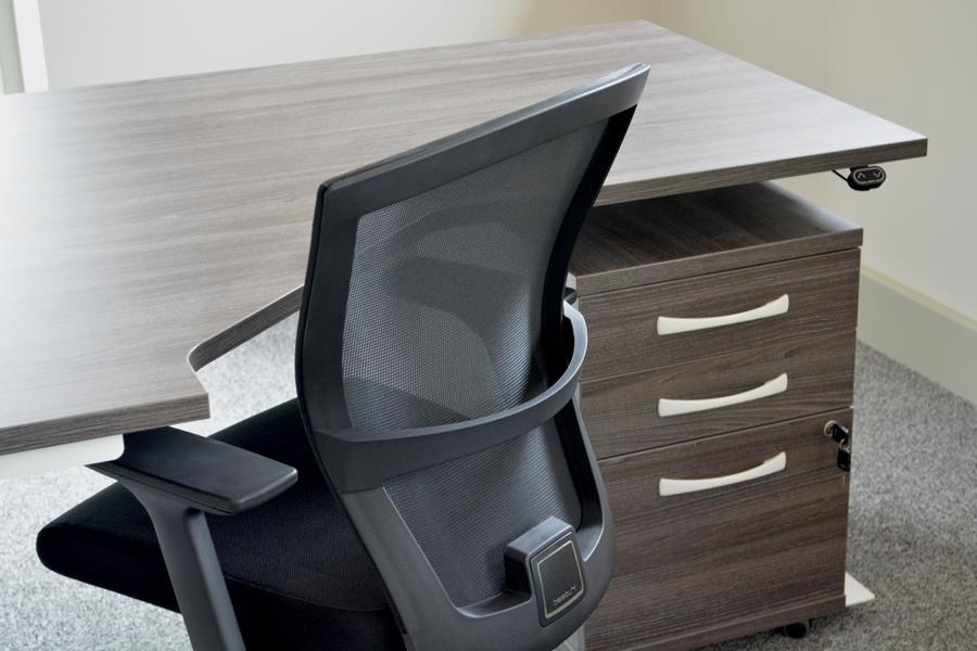 sit-stand-desk-bestuhl-mesh-chair-anthracite-pedestal