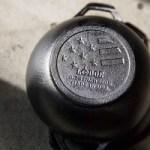 鉄鍋付きLODGE(ロッジ)の底までまるい鉄鍋の本 ボウルパンレシピ40 【付録】 LODGE  ミニ鉄鍋