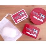 【開封レビュー】 リンネル特別編集 牛乳石鹼「カウブランド赤箱」のある暮らし 付録  四角缶ケース、丸缶ケース、赤箱せっけん、専用泡立てネット