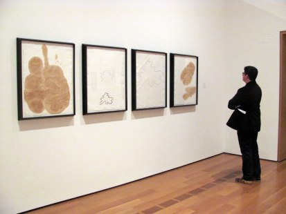 Viendo las manchas de Coca Cola de Andy Warhol, de quién más podrían ser?