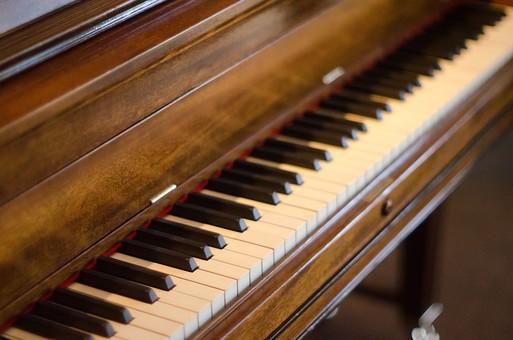グランドピアノ 1台調律チケット イメージ