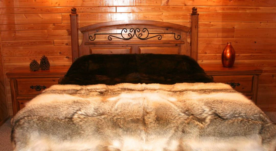 Natural Beaver Fur Throw