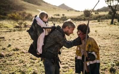 Trailer bouleversant pour le post-apo Cargo avec Martin Freeman