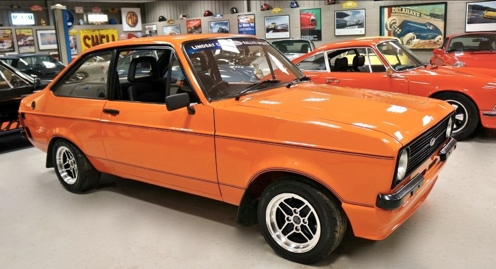 medium resolution of ford escort rs2000 1980 front cover