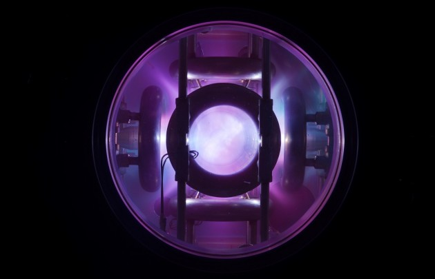 Plasma glows inside EMC2 Fusion's test device during a high-energy shot in 2013. (Credit: EMC2 Fusion) After languishing in limbo for most of the last year, EMC2 Fusion Development Corp. says it's back in business with an unorthodox concept for nuclear fusion power plants.