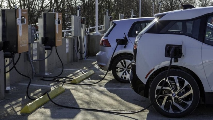 Seattle City Light increases EV charging infrastructure