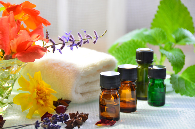 Essential-oils-for-bath-cbd