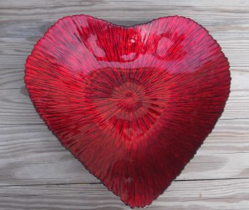 glass heart collector plate: inside