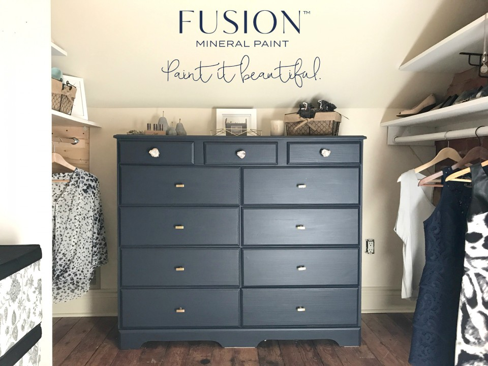 How to Create Textured Vintage Walls  Fusion Mineral Paint