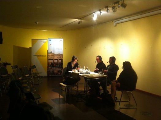 Im Gespräch beim 11mm Filmfestival: Miriam Menzel mit Bert Rebhandl, Bogdan Popa und Jutta Braun (v.l.n.r.) (c) KOOPERATIVE BERLIN_Anna Stecher