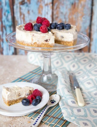 This easy to make no bake mincemeat cheesecake is lightened with yogurt in place of some of the cream