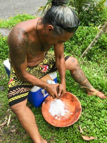Preparing coconuts for milk