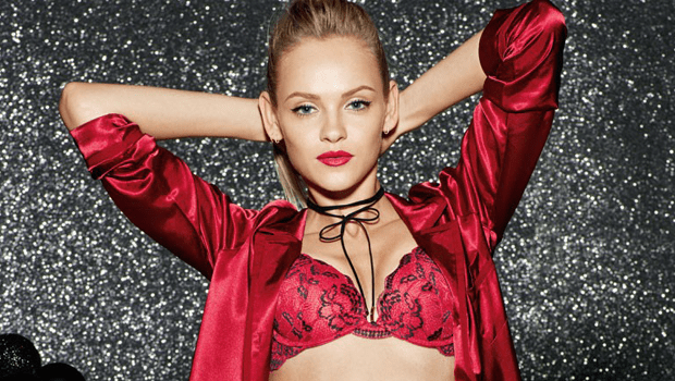 15 Sexy Lingerie Pieces To Have The Ultimate Christmas