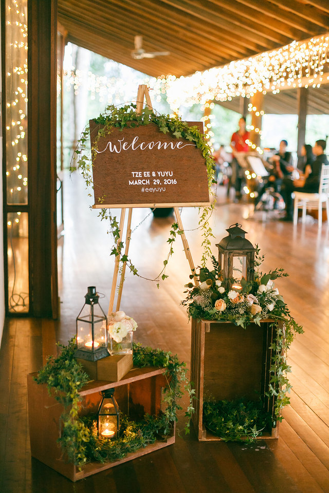 25 Adorable Ideas To Decorate Your Home For Your Engagement Party