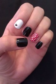 decorate nails