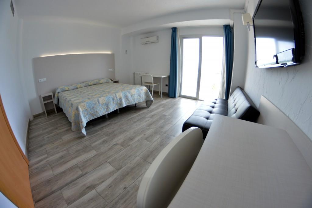 Muebles para hoteles y puertas de madera Comunidad Valenciana