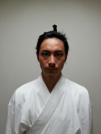 斉藤悠の嫁はどんな人?父親は大物俳優!兄弟や学歴・ハーフなのか調査!