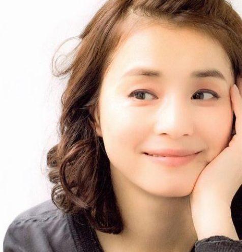 石田ゆり子の結婚歴や歴代元カレがスゴい!離婚した元旦那や顔画像/馴れ初め/噂まとめ!