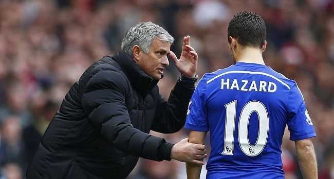 28077CFA00000578-3092281-Mourinho_with_Eden_Hazard_who_won_the_Barclays_Player_of_the_Sea-a-27_1432277645065