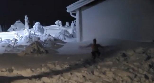 Ибрагимович упал в снег в одних трусах