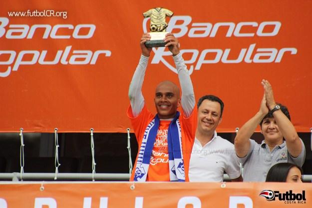 Johan Condega, volante del Cartaginés, recibió el 'Más valioso' de la Copa Popular