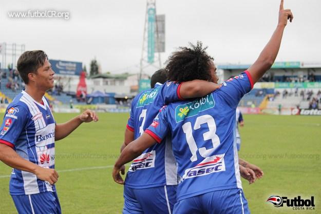 Jameson Scott celebra el primer tanto brumoso. Foto: Robert Vindas para Futbol Costa Rica