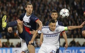 Ibrahimovic con Terry en los 1/4  de la Champions contra el Chelsea