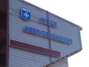 El Stade Abeé Deschamps, a punto para recibir al Ajaccio