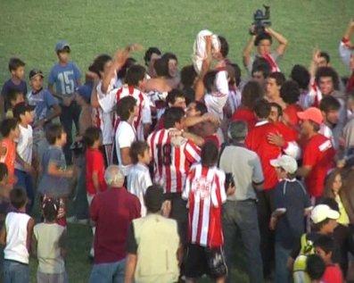 Abrazos, somos campeones!!!